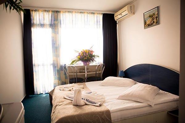 Camere hotel aurora mamaia camere la mare for Camere hotel design